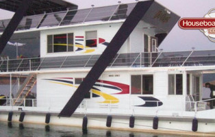 houseboat-graphics-window-decals